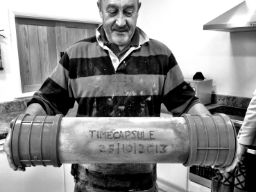 David & Timecapsule ready for its burial.